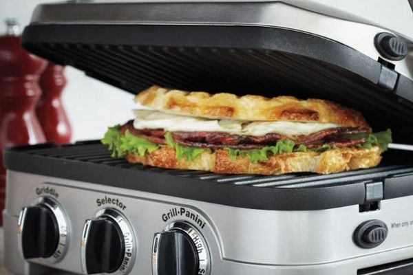 Cuisinart-GR-4N-5-in-1-Griddler-featured-topelectricgriddles.com