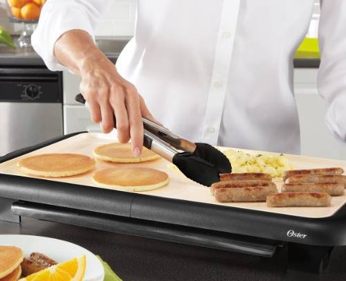 Oster-CKSTGRFM18W-ECO-DuraCeramic-Griddle-Chef-topelectricgriddles.com
