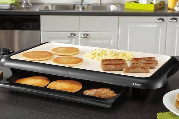 Oster-CKSTGRFM18W-ECO-DuraCeramic-Griddle-featured-topelectricgriddles.com