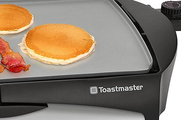 Toastmaster-TM-164GRC-Ceramic-Griddle-Featured-topelectricgriddles.com