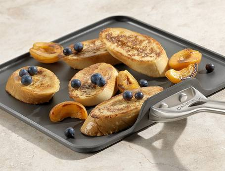 Calphalon-Ceramic-Nonstick-Griddle-breakfast-topelectricgriddles.com