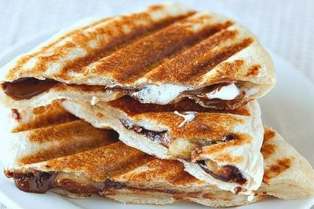 Chocolate-Banana-Marshmellow-Panini-Ready-Electric-Griddle-topelectricgriddles.com