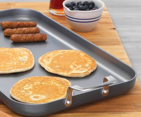 Emeril-Lagasse-62929-griddle-breakfast-topelectricgriddles.com