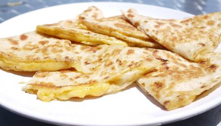 Electric-Griddle-Dinner-Recipes-cheese-quesadillas-topelectricgriddles.com