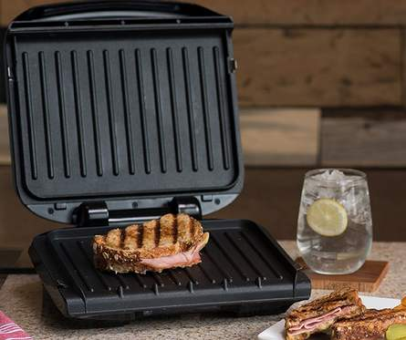 Best-indoor-grill-for-steaks-George-Foreman-4-Serving-Removable-Plate-Grill-cooking