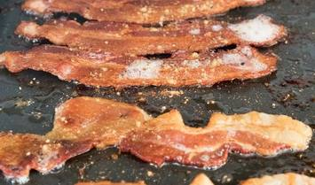 What-is-The-Best-Temperature-to-Cook-Bacon-on-a-Griddle