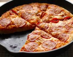 How-to-Reheat-Pizza-on-a-Stove-Top-Griddle-Skillet