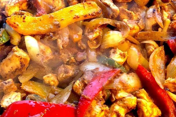 How-to-Make-Fajitas-on-a-Griddle-Chicken-Steak-Shrimp